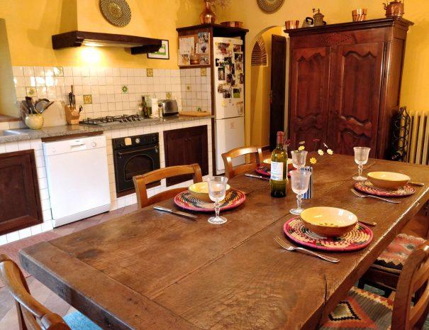 22-Casa-dei-Nonni---kitchen-view