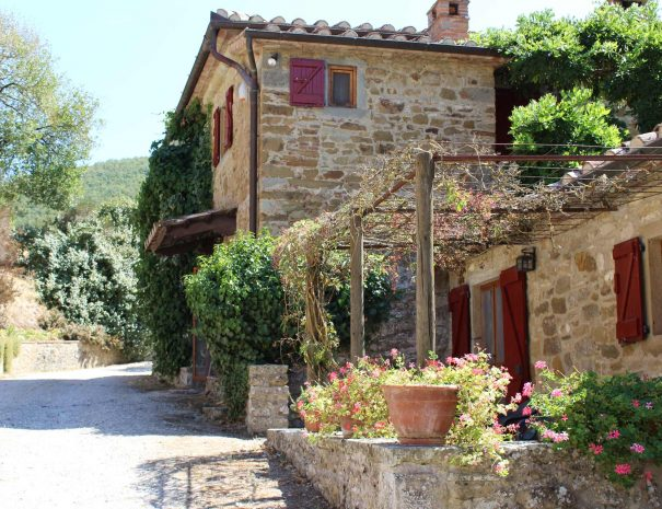 Le-Volpaie-private-villa-Cortona-privacy-and-relax-in-Tuscany